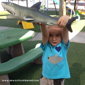 shark applique boys tshirt 3-1